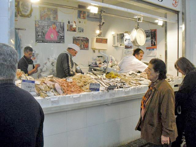 Seafood stand during sherry tour
